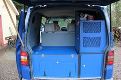 Rear kitchen under tailgate in VW T5