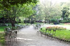 Paris in the Spring off the beaten tourist track. HiP Paris Blog, Photo by Carin Olsson