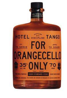 Pack Orangecello - Hotel Tango Distillery Updated Bathrooms Pay When You Sell Your Home Many home ow Vintage Packaging, Beverage Packaging, Bottle Packaging, Cosmetic Packaging, Food Packaging, Bottle Labels, Brand Packaging, Packaging Stickers, Design Packaging