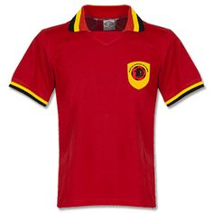 Retake 1970 Angola Retro Shirt 1970 Angola Retro Shirt http://www.comparestoreprices.co.uk/football-shirts/retake-1970-angola-retro-shirt.asp