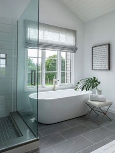 25 Modern Master Bathroom Renovation Ideas to Consider - Furniture - Bathroom Decor Budget Bathroom Remodel, Bathroom Renovations, Home Remodeling, Bathroom Makeovers, Restroom Remodel, Tub Remodel, Shower Remodel, Mold In Bathroom, Small Bathroom
