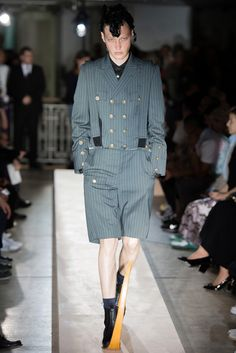 コム デ ギャルソン オム プリュス | 2015年春夏メンズコレクション | コレクション | VOGUE