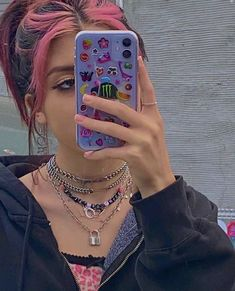 Aesthetic Indie, Aesthetic Hair, Aesthetic Clothes, Cabelo Inspo, Tumbrl Girls, Indie Girl, Aesthetic Phone Case, My Vibe, Aesthetic Pictures