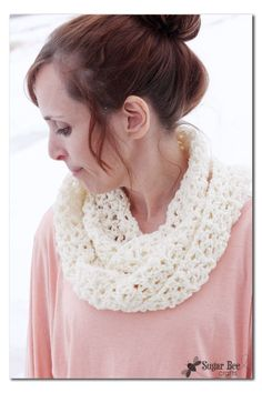 simple Crocheted Cowl and #ProjectCrochet Update - Sugar Bee Crafts