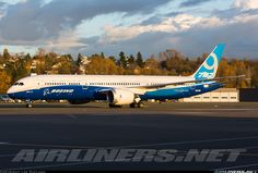 Boeing N789EX Boeing 787-9 Dreamliner aircraft picture