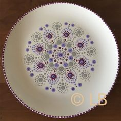 Dot Art Painting, Mandala Painting, Ceramic Painting, Mandala Art, Pottery Painting Ideas Easy, Pottery Painting Designs, Paint Designs, Pottery Patterns, Ceramic Workshop