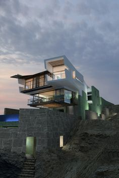 Lefevre Beach House | Punta Misterio, Peru | Longhi Architects
