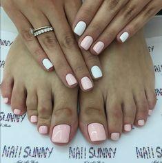 Pretty Toe Nails, Cute Toe Nails, Gorgeous Nails, Love Nails, Feet Nail Design, Toe Nail Designs, Stylish Nails, Trendy Nails, Pedicure Nail Art