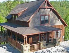 rustic homes | Classic Small Rustic Home
