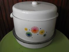 Vintage Three Tiered Metal Cake and Pie Carrier by peacenluv72, $26.75