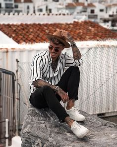 Style by @johnnyedlind Via @trillestoutfit Yes or no? Follow @mensfashion_guide for dope fashion posts! #mensguides #mensfashion_guide