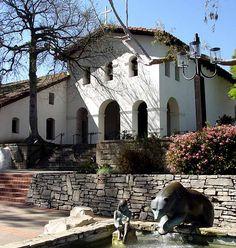 Mission San Luis Obispo de Tolosa, San Luis Obispo California, built in 1772 Alta California, San Luis Obispo California, California Missions, Places In California, San Luis Obispo County, California Homes, California Style, Southern California, San Luis Obispo Mission