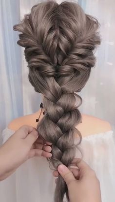 Easy Knotted Braid Tutorial # Braids for kids wedding Braided Hairstyles Tutorials, Easy Hairstyles For Long Hair, Thin Hairstyles, Office Hairstyles, Anime Hairstyles, Stylish Hairstyles, Hairstyles Videos, Hairstyle Short, School Hairstyles