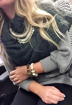 Fall in to fashion with our RGLB Magnetic Focal bracelets! Ivystone  #laurajanelle #RGLB #bracelet #jewelry #magneticfocalbracelet #fashion #fashionjewelry #armparty #ivystone #fallintofashion #perfectlypaired #chic #glamorous #ontrend #trending