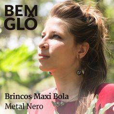 Os brincos Maxi Bola que a Beatriz usa, na versão prateada <3 Lindo e tudo de Bemglô! #bemglo #brincosmaxibola #beatriz