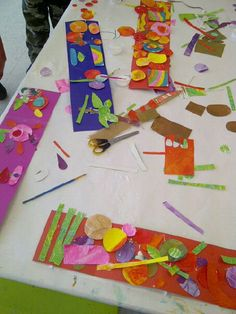 Fun #kids collage activity to go with the book Who's in the Garden. Great springtime/ Easter art project! From the Marketing Barefoot Blog.
