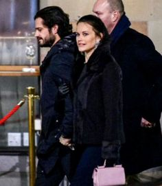 Prince Carl Philip and Princess Sofia were spotted having dinner with friends at Teatergrillen restaurant in Stockhol