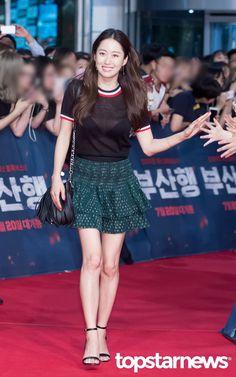 [HD포토] 전혜빈 시스루 패션으로 시선강탈 #topstarnews
