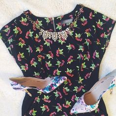 Marks & Spencer | Black floral dress w/pockets This chic dress features a contrast solid-panel waist (insanely flattering!) and side pockets. UK 8 fits a US 4. Rarely worn and in excellent condition. No trades or PayPal. Marks & Spencer Dresses