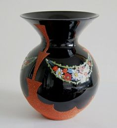 *België* Art Deco vaas model Tilda. Booms black glass designed 1935/1937. Verkocht. Art Deco Jewelry, Glass Design, Black Glass, Vases, Glass Art, Model, Home Decor, Decoration Home