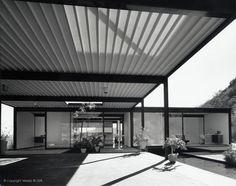 1958 Bailey House - Case Study House No. 21 | Architect: Pierre Koenig