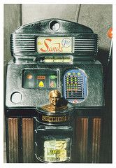 Another vintage slot machine.