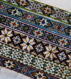 Beadwork on tracks Beaded Embroidery, Cross Stitch Embroidery, Embroidery Patterns, Crochet Patterns, Cross Stitch Charts, Cross Stitch Patterns, Going Out Of Business, Bohemian Rug, Needlework