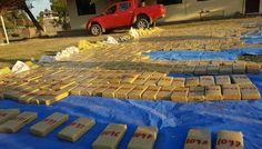 Policías de Bolivia y Paraguay coordinan confiscación de 861 kilos marihuana