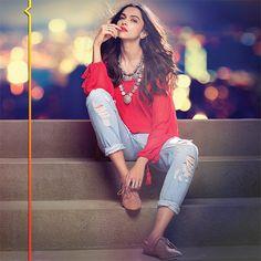 Exclusive Bollywood Actresses Hot HD Wallpapers, Heroine Photos, Girls Pictures, Indian Models Images, Bikini Babes & Beautiful Indian Celebrities from latest Photoshoots. Indian Celebrities, Bollywood Celebrities, Bollywood Fashion, Beautiful Celebrities, Beautiful Actresses, Bollywood Actress, Bollywood Stars, Deepika Ranveer, Deepika Padukone Style