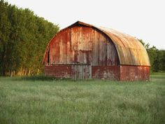 Old Barn with Sunset | Old barn in Clare, Michigan.