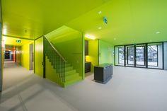 Galería de Centro deportivo Neumatt / Evolution Design - 25