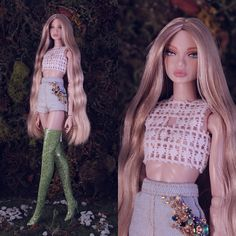 Gorgeous boots from Im in love ❤️❤️❤️. Crochet Barbie Clothes, Doll Clothes Barbie, Barbie Dolls, Fashion Royalty Dolls, Fashion Dolls, Barbie Miniatures, Barbie Model, Barbie Fashionista, Cute Little Things