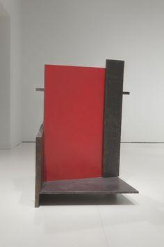 Pello Irazu, Tisbe, 1989. Acero con pintura sintética Medidas: 97 x 76 x 114 cm on ArtStack #pello-irazu #art Bookends, Artists, Sculpture, Design, Home Decor, Steel, Art, Decoration Home, Room Decor