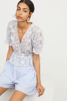 Blouse with broderie anglaise - Ice blue - Ladies Look Fashion, Fashion Outfits, Eyelet Top, Look Chic, Lace Tops, White Lace, Fashion Online, Ideias Fashion, Summer Outfits