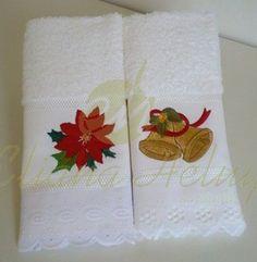 Toalha de lavabo com motivos natalinos. Uma ótima opção de presente e decoração. www.ehbordados.com.br