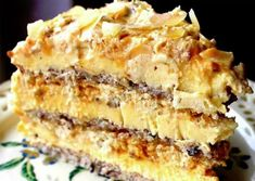Mulți spun că e cel mai bun tort din lume! No Cook Desserts, Sweets Recipes, Baking Recipes, Cake Recipes, Top Recipes, Romanian Desserts, Romanian Food, Specialty Cakes, Eat Dessert First