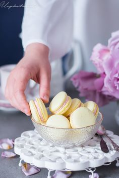 un pedacito de cielo: Macarons de limón y frambuesas