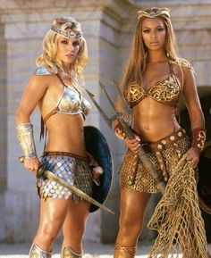 Britney Spears & Beyonce- ideal body shapes for me Britney Spears, Michelle Lewin, Weight Lifting, Gladiator Costumes, Under Armour, Britney Jean, We Will Rock You, Beyonce Knowles, Queen B