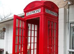 Red Telephone Booth DIY: http://www.buildeazy.com/red-english-booth-1.html#