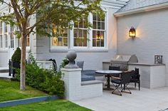 Highly defined grilling/dining area.  Gwyneth Paltrow LA House exterior 3