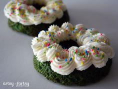 Green Velvet Cake Donuts