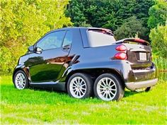 Is This Custom Smart Fortwo Pickup The Coolest Around? Smart Auto, Smart Fortwo, Weird Cars, Cool Cars, Smart Car Body Kits, Pick Up, Fiberglass Camper, Benz Smart, Microcar