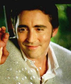 Lee Pace as Ned in Pushing Daisies.