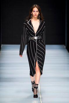 Anteprima at Milan Fashion Week Spring 2016 - Livingly
