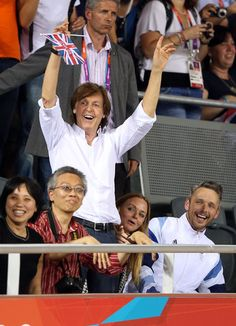 Sir Paul McCartney, Stella McCartney and Alasdhair Willis attend the Women's Team Pursuit Track Cycling Finals on Day 8 of the London 2012 Olympic Games at Velodrome on August 4, 2012 in London, England. (Photo by Quinn Rooney/Getty Images)