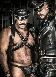 Leather Toms, Leather Men, Leather Jacket, Leather Underwear, Comfy Pants, Hot Hunks, Bear Men, Mature Men, Hairy Men
