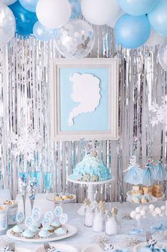 FROZEN IN ELSA BLUE | ARCH DAYS Frozen Birthday Decorations, Frozen Birthday Theme, Girls Birthday Party Themes, Frozen Theme Party, Dinosaur Birthday Party, Harry Birthday, 4th Birthday, Ballon Arch, Mickey Mouse Parties