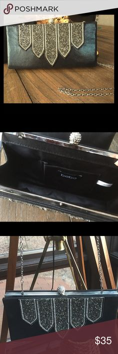 """Bebe Black Sequin Purse Black BeBe 10""""x5"""" Purse with Beautifully Designed Sequin. 23"""" drop silver chain strap. This can also be used as a clutch. Classy for date night or girls night out 👠💋💄 BEBE Bags Shoulder Bags"""