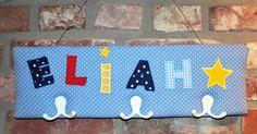 Kindergarderobe für Eliah, 50 cm breit und 15 cm hoch.  #Garderobe #Kindergarderobe #Geschenk #Kinderzimmerdeko #persönlich