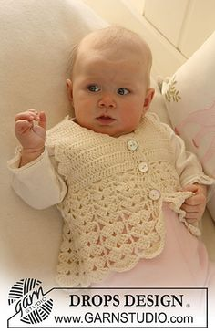"Waistcoat with fan pattern in ""Baby Merino"" by DROPS design"